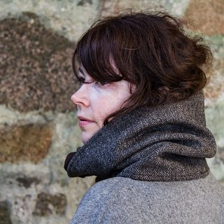 Ardalanish Mill, Isle of Mull, Tweed Cowl, model shot